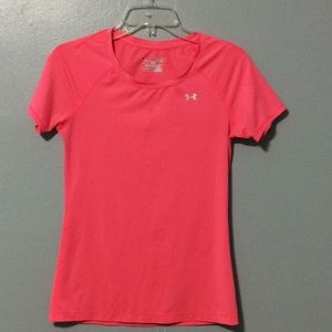 Under Armour Heat Gear Fitted Pink Shirt Sz XS